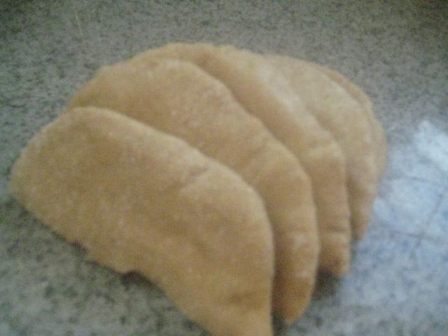 Honey Whole Grain Einkorn Pitas