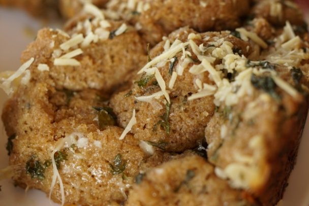 Einkorn Garlic Pull-Apart Bread 2